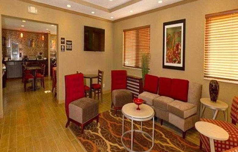 Comfort Inn Plant City - Lakeland - Hotel - 24