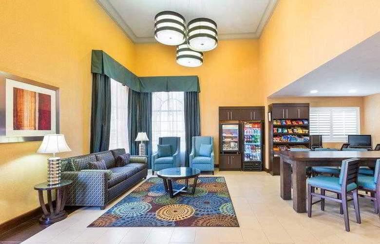 Best Western Plus Miramar - Hotel - 10