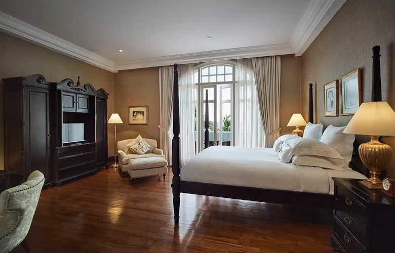 Eastern and Oriental Hotel Penang - Room - 22