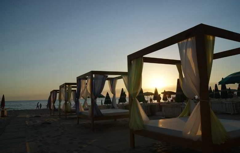 AS Hotel - Beach - 8