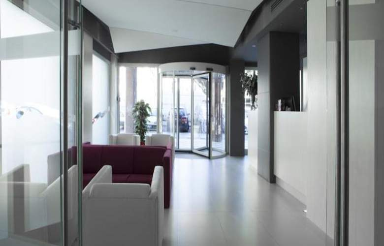 Smart Hotel Rome - General - 12