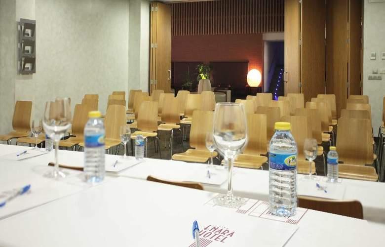 ELE Enara Boutique - Conference - 13