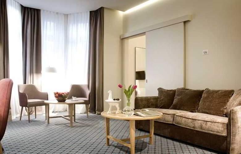 Jump Inn Belgrade - Room - 9