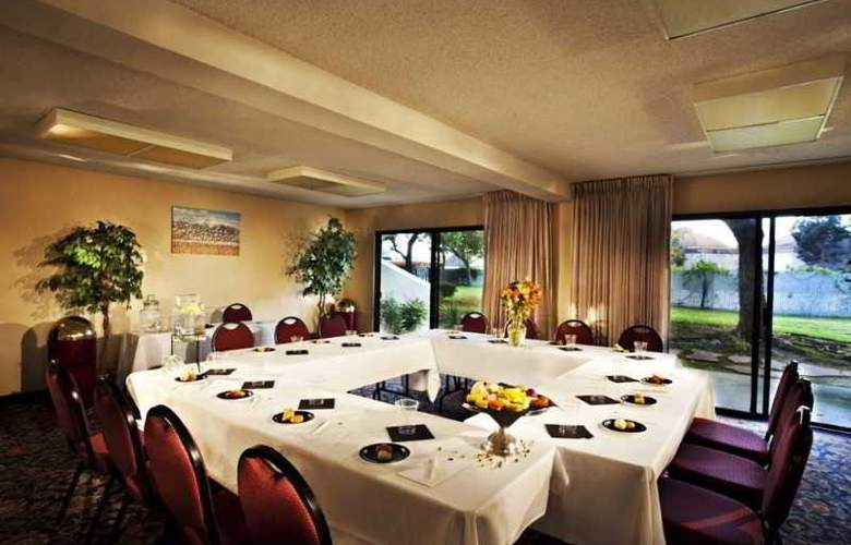 Best Western Plus Garden Court Inn Fremont - Conference - 5
