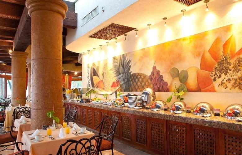 Villa del Palmar Flamingos Beach Resort & Spa - Restaurant - 34