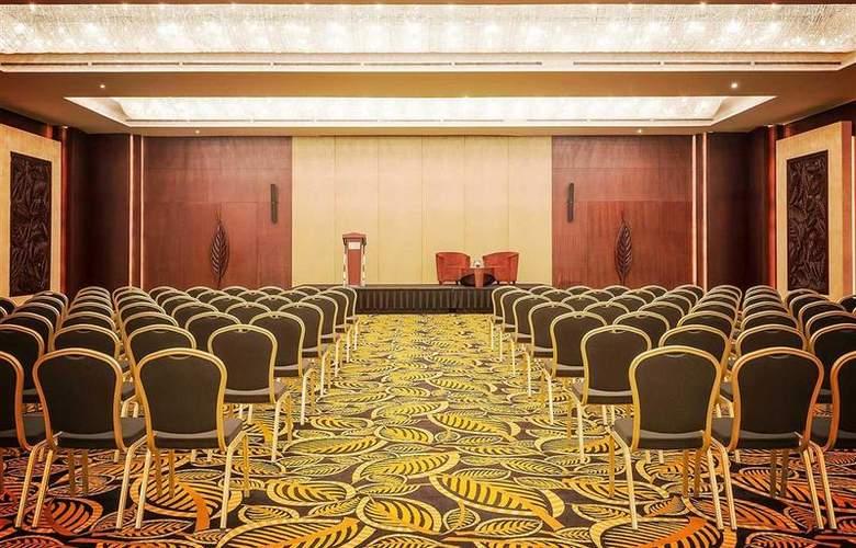 Sofitel Dubai Jumeirah Beach - Conference - 55