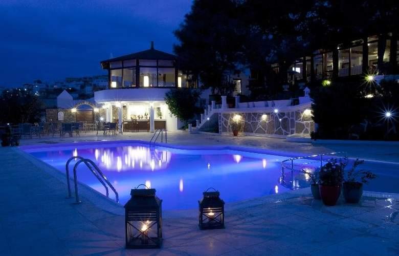 Manastir - Pool - 18