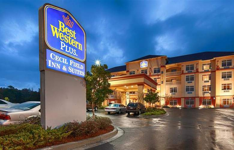 Best Western Plus Cecil Field Inn & Suites - Hotel - 31