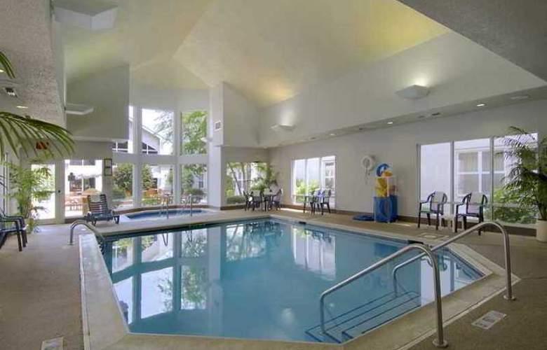 Hampton Inn & Suites Chicago/ Hoffman Estates - Hotel - 3