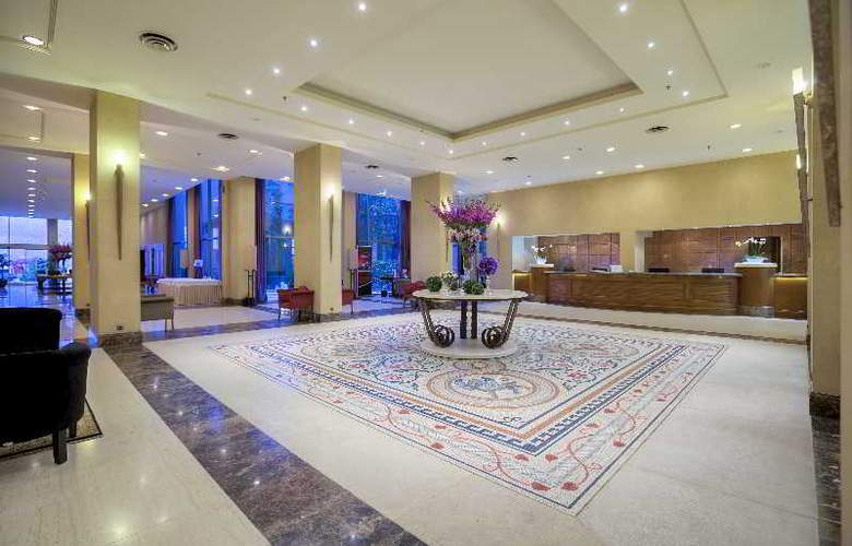 Classical Makedonia Palace - General - 16