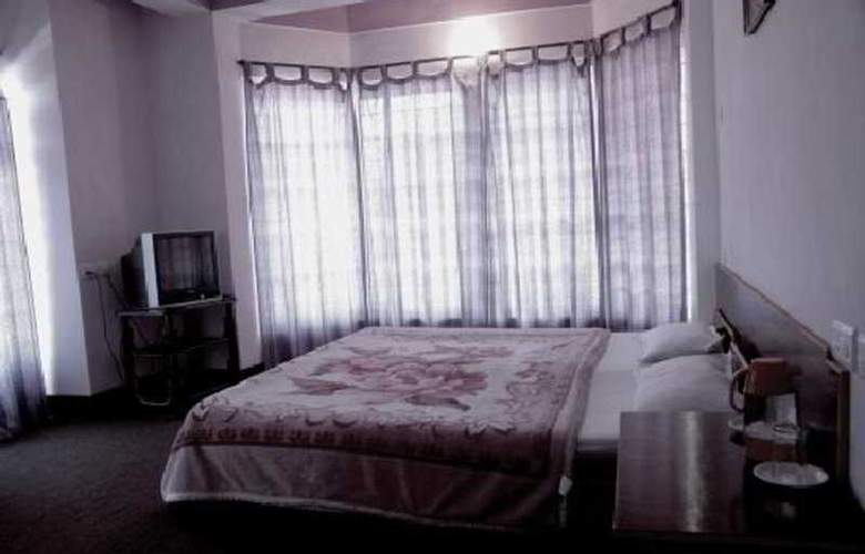 The Komfort Inn - Room - 3