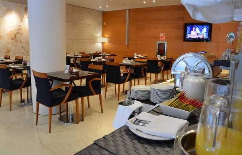 Zenit Malaga - Restaurant - 35