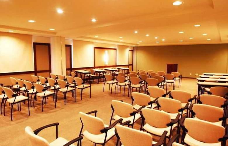 Comfort Suites Flamboyant - Conference - 6