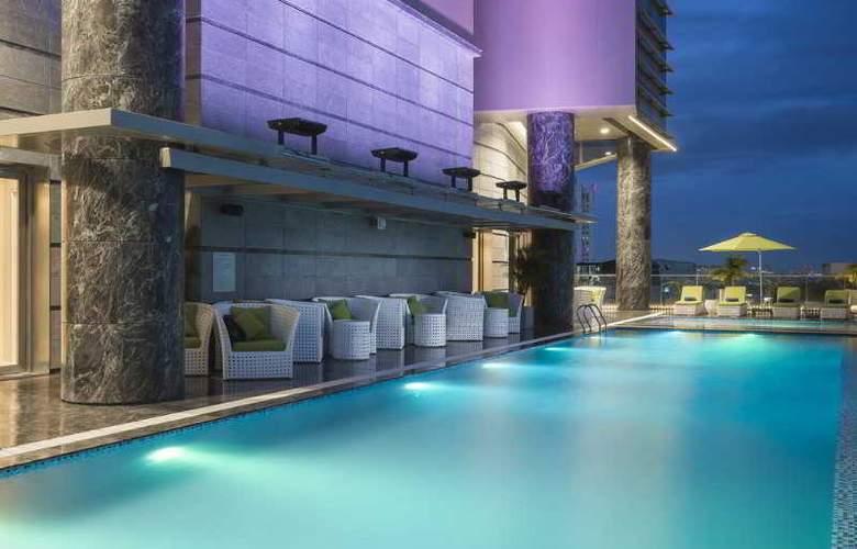Pullman Saigon Centre - Pool - 24