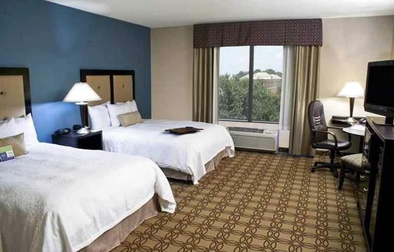 Hampton Inn & Suites Charlotte Airport - Hotel - 9