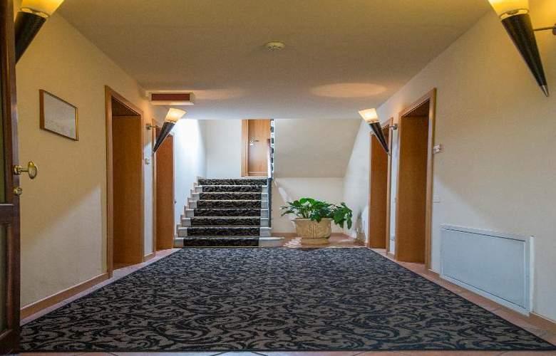 Venice Resort - Hotel - 4