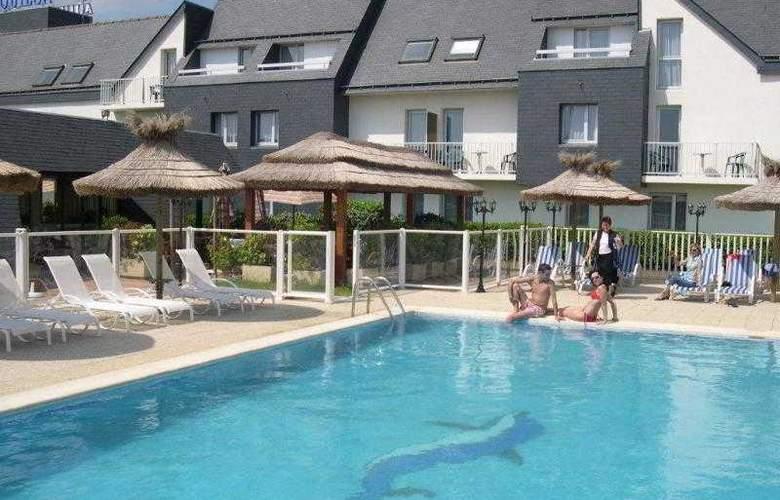 Inter-Hotel Aquilon Saint-Nazaire - Pool - 16