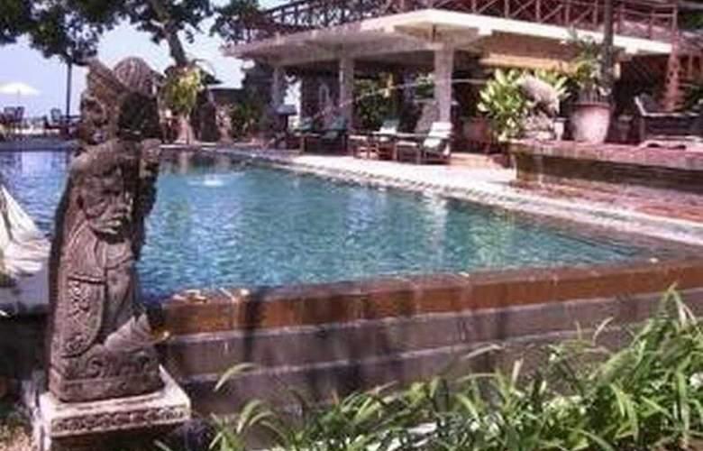 Tandjung Sari - Pool - 21