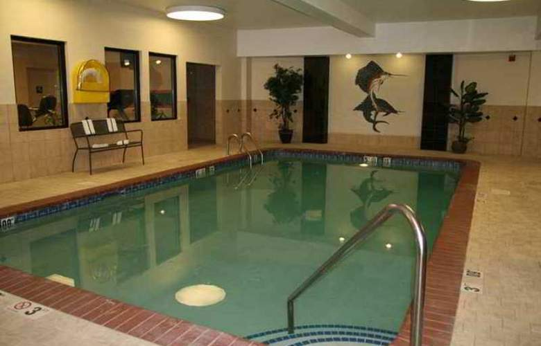 Hampton Inn & Suites Denver - Hotel - 6