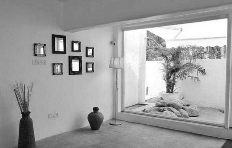 Azzure By Spree Goa - Room - 8