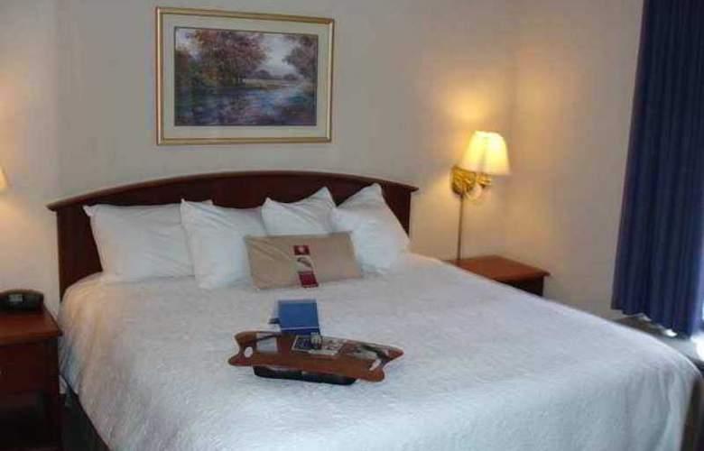 Hampton Inn Front Royal - Hotel - 3