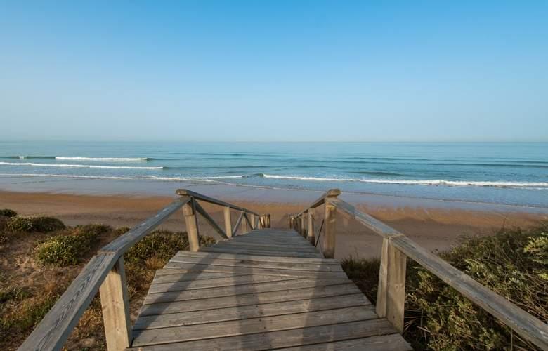 Barceló Costa Ballena Golf & Spa - Beach - 29