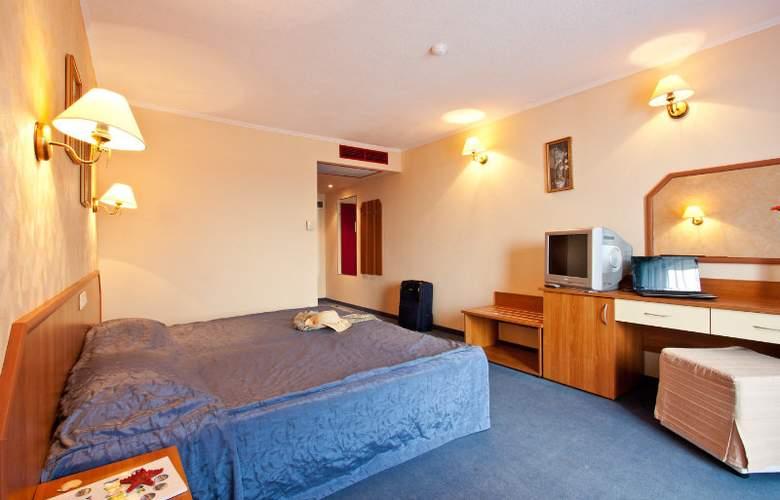 St. George - Room - 4