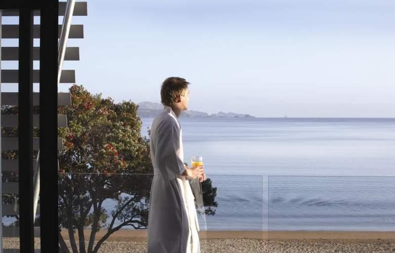 Sea Spray Suites - Hotel - 13