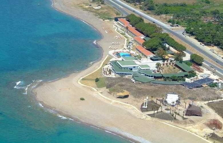 Flora Garden Beach Club - Hotel - 0