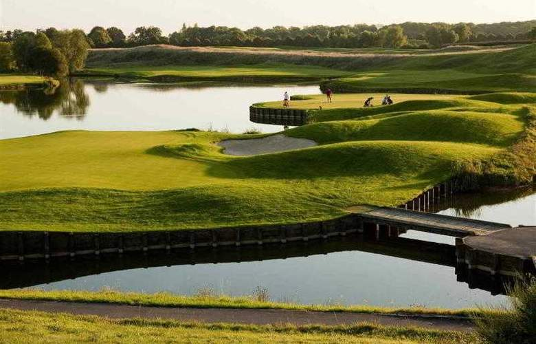 Novotel Saint Quentin Golf National - Hotel - 48