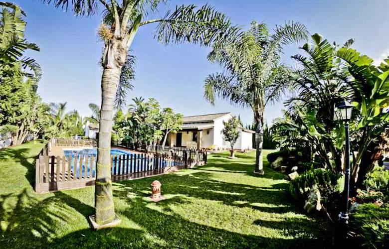 Hacienda Roche Viejo - Pool - 39