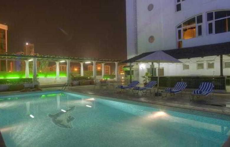 Al Diar Siji Hotel - Pool - 19