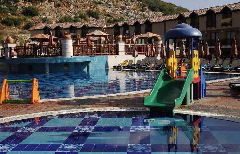 Club Konakli - Pool - 4