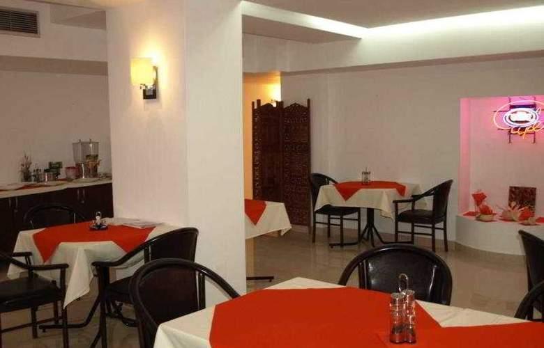 Razvan - Restaurant - 6
