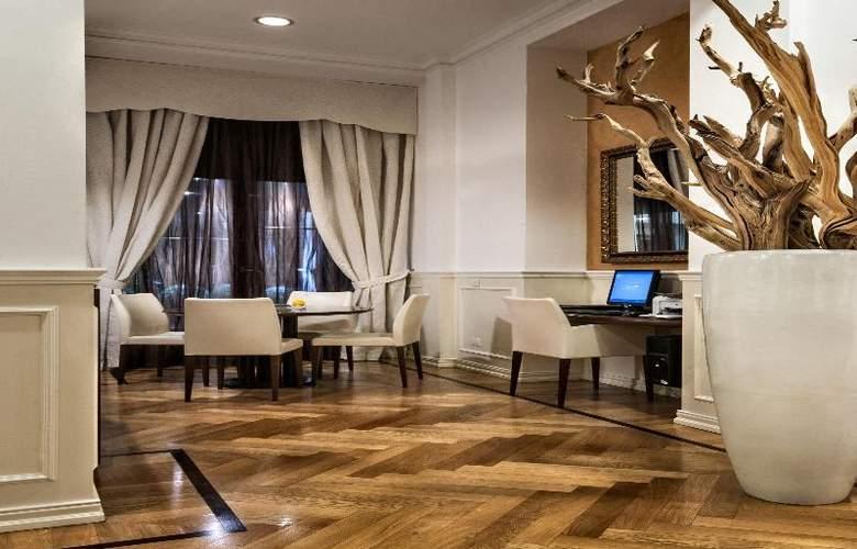 Best Western Premier Hotel Cristoforo Colombo - General - 11