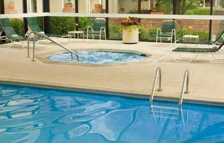 Courtyard Denver Stapleton - Hotel - 4