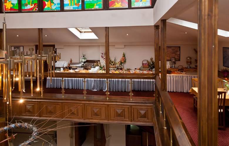 Kazimierz - Restaurant - 9