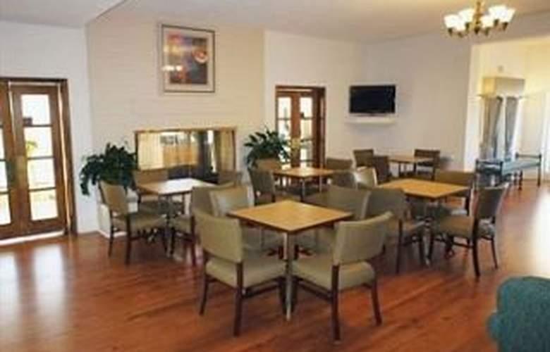 La Quinta Inn Tulsa 41st Street - Restaurant - 11