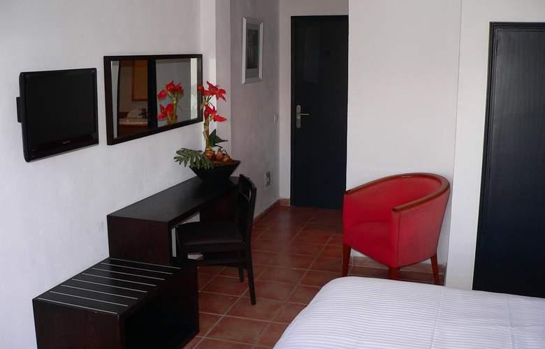 Bon Repos - Room - 10