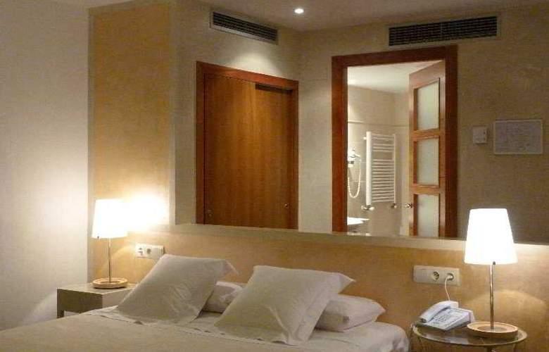 Carmen - Room - 4