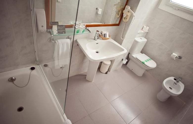 Best Western Hotel Subur Maritim - Room - 82