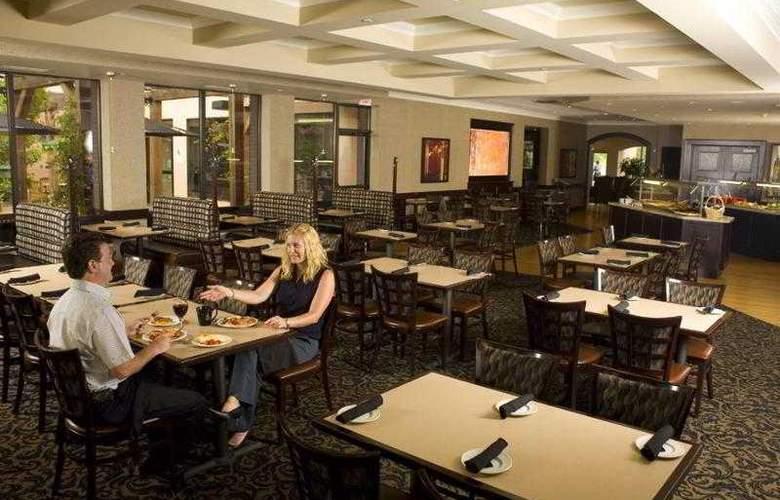 Best Western Brant Park Inn & Conference Centre - Hotel - 60