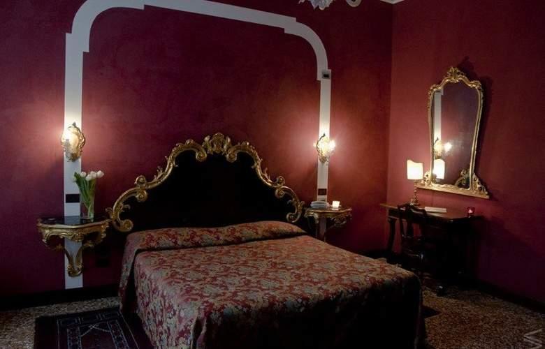 San CassianoCà Favretto Residenzia d'Epoca - Room - 9