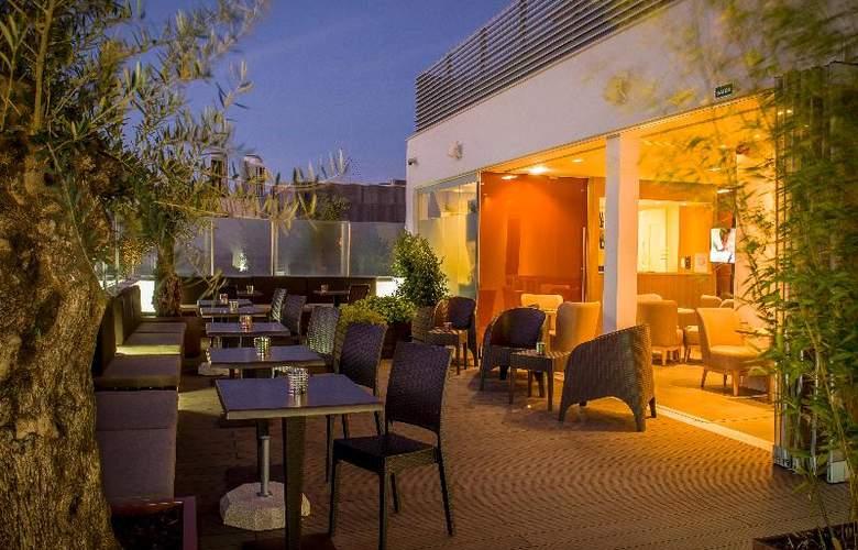 Occidental Lisboa - Terrace - 22