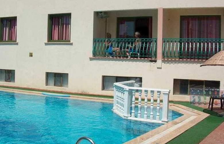 Seda Apart - Pool - 5