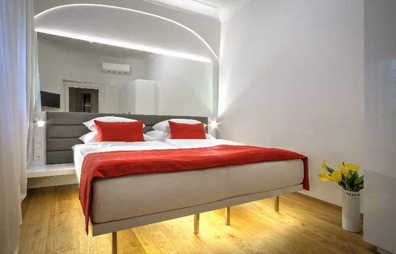 Bishop house - Room - 22