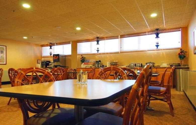 Best Western San Juan Airport Hotel - Restaurant - 6