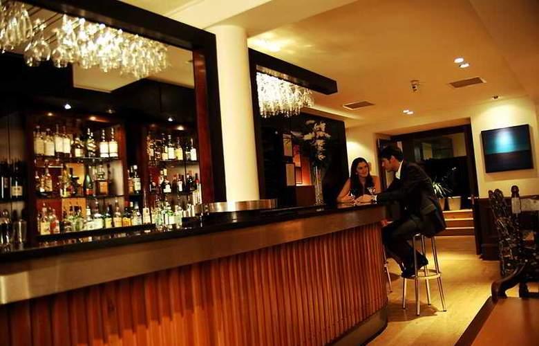 Channings Hotel - Bar - 7