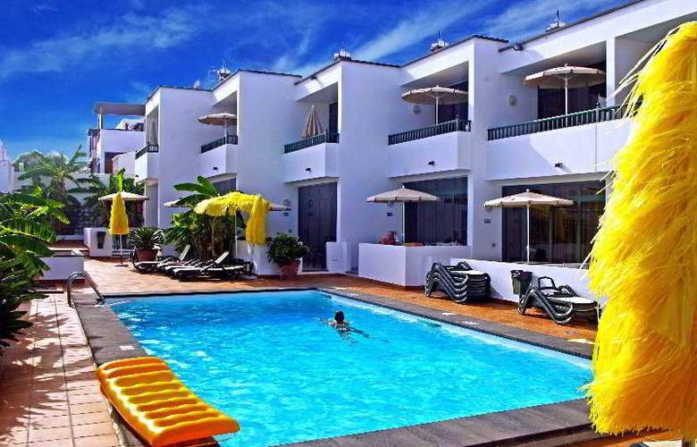 La Tegala - Pool - 4