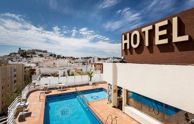 Royal Plaza - Hotel - 2